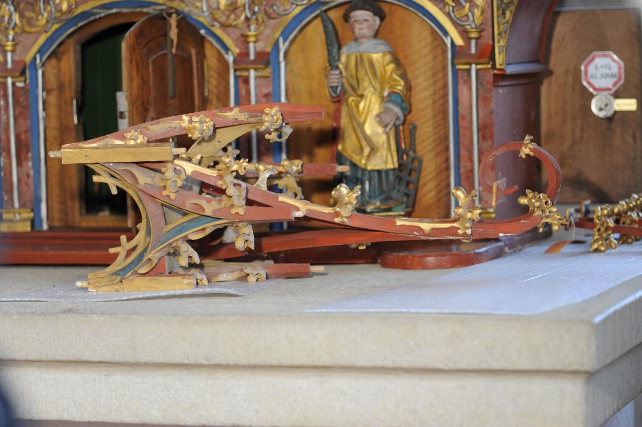 Galgenen, Kapelle St. Jost Anna Altar - Gesprenge AAF_0242_03-05-2011