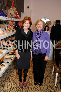 Lida Stifel,Lise Brown,February 24,2011,Divinely by the Dozen at Sassanova,Kyle Samperton