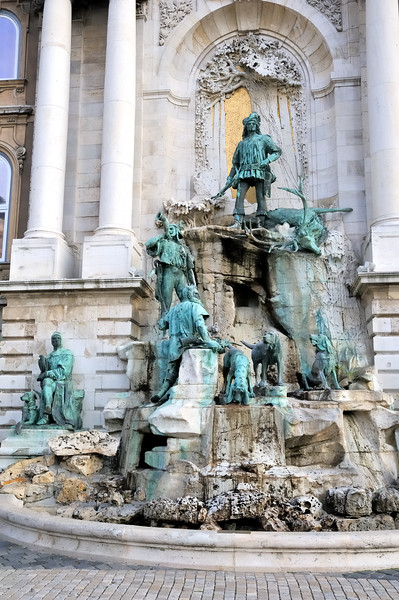 Matyas Fountain - Buda Castle