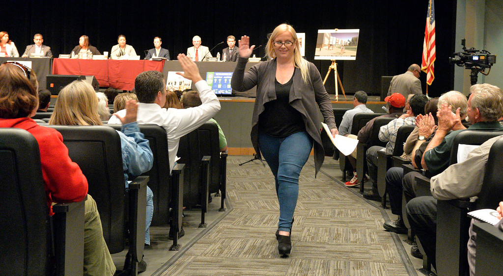 . Centinela Valley school board holds its second school board meeting since the scandal over Superintendent Jose Fernandez\'s employment contract erupted in early February in Lawndale CA. Tuesday March 11, 2014. (Thomas R. Cordova-Daily Breeze/Press-Telegram)