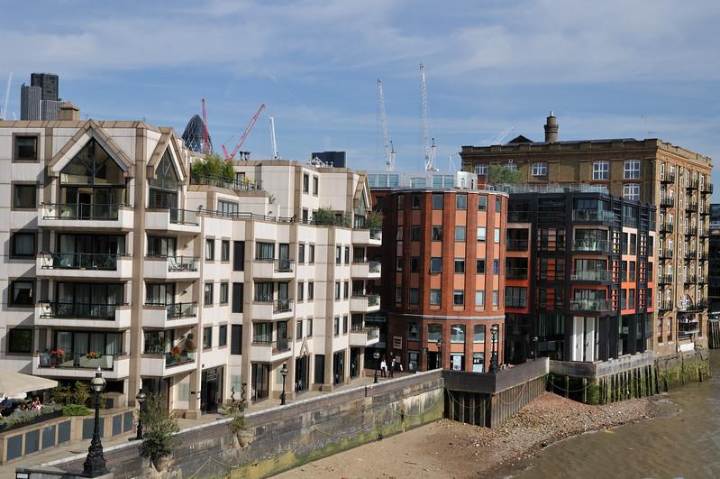 North bank Thames River view - London, England
