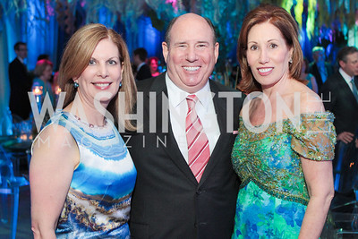 Lea Berman, Wayne Berman, Catherine Reynolds. Photo by Alfredo Flores. Evening of Exploration. National Geographic Society. June 23, 2011