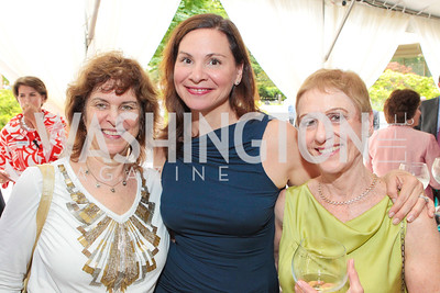 Joan Sugarman, Pam Wells, Pearl Moskowitz. Photo by Alfredo Flores. Evening of Exploration. National Geographic Society