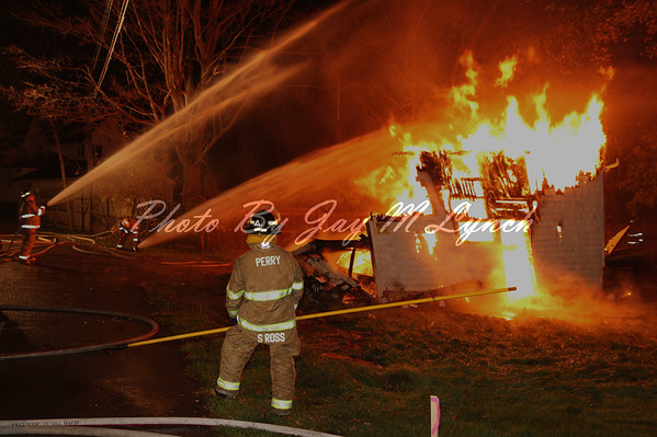 Perry FD - Controlled Burn - 10 North Genesee St - October 25, 2011