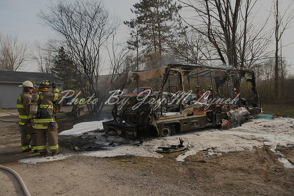 Caledonia FD - Motor Home Fire - 2912 McCorkindale Rd - April 18, 2016