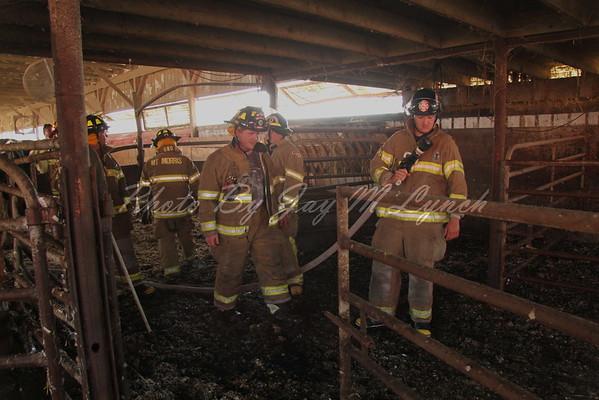 Mount Morris FD - Barn Fire - 7298 Begole Rd - August 20, 2016
