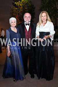 Angela Lore, Franklin and Houston Kelly. Photo by Tony Powell. FAPE Dinner. East Wing Art Gallery. May 19, 2011