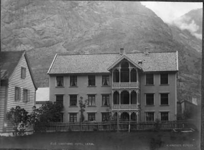 Fotos Lærdal 2013 Oppr Lindstrøm hotell før 1887026