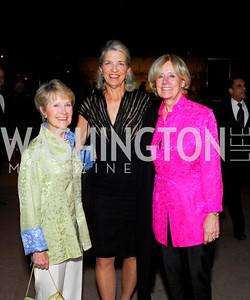Vickie Wilson, Leila Sullivan, Ursula Quinn, February 23, 2011, Gauguin Opening, Kyle Samperton