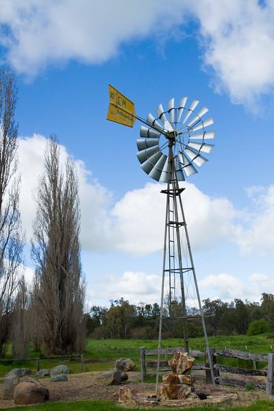 Aussie windmill