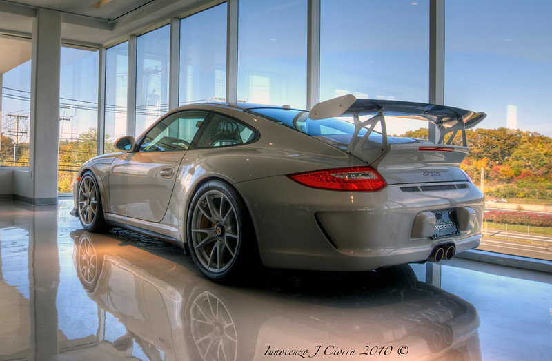 Spent the good part of the morning taking images of the dealership new location. I was lucky enough to capture this beautiful Porsche GT3RS alone in the corner . This is a 5 image HDR .