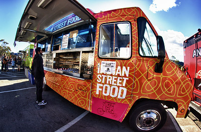 Lurkspur - Off The Grid Food Trucks ref: 8f195d8f-e6e6-4e6f-b0d8-59e29787dbd8