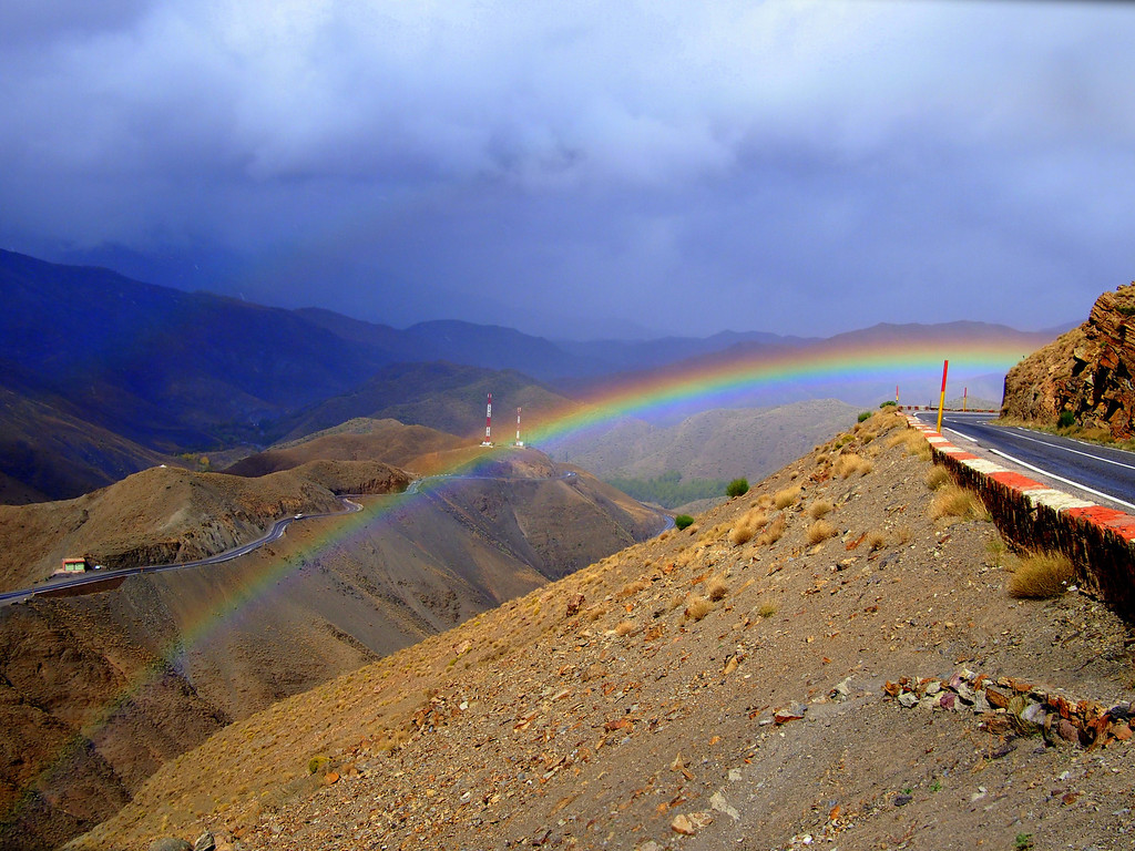 renting a car driving over the Tizi n'Tichka Atlas Mountains