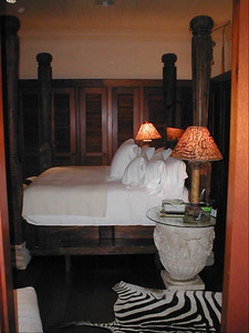 Master bedroom suite of one of the Townhouse - a truly king four poster bed !