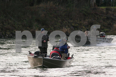 Steelhead fishing on the Cowlitz River, Washington State