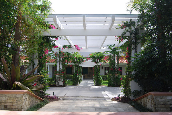 Entrance to the Central Pavillion, Field One - IPC.