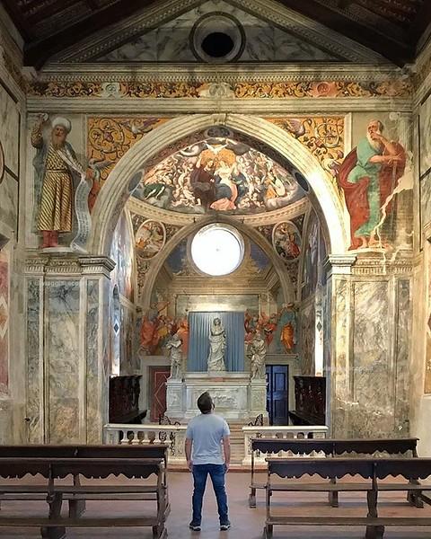 • San Vito al Tagliamento • Ecco la mia prima volta in #Friuli, quella in cui ritrovo vecchi amici, scopri luoghi nuovi e rimango sopraffatto dalla bellezza degli affreschi cinquecenteschi di Pomponio Amalteo nella Chiesa di Santa Maria dei Battuti, una m