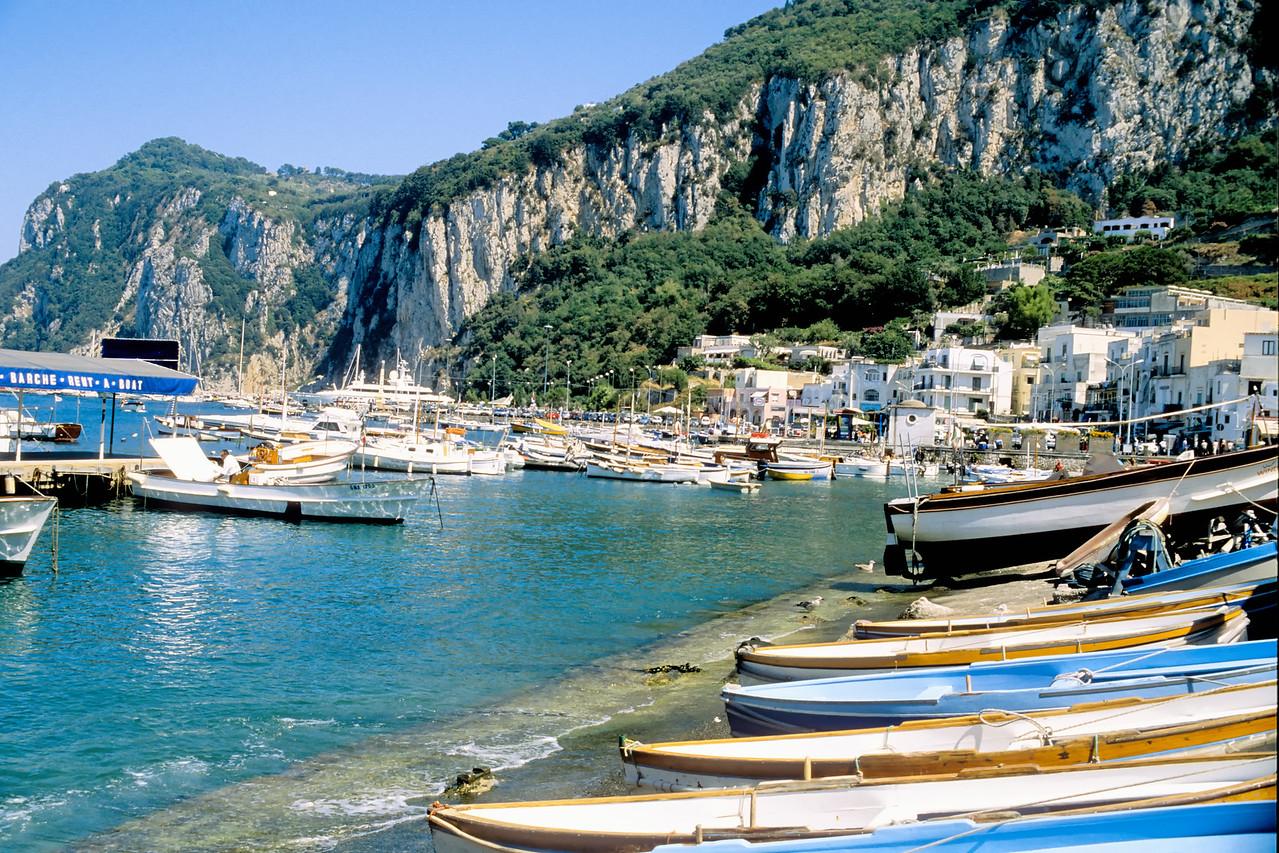 Boat rentals - Capri, Italy
