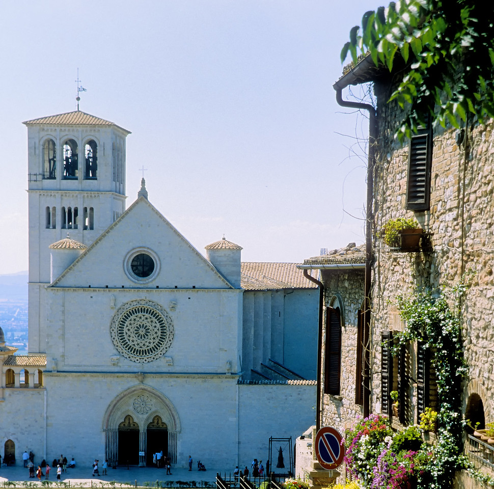 Front - Basilica di San Francesco - Assisi, Italy