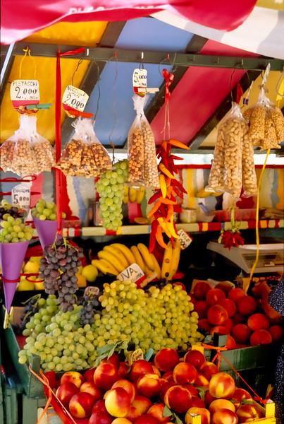 Fruit stand - Capri, Italy