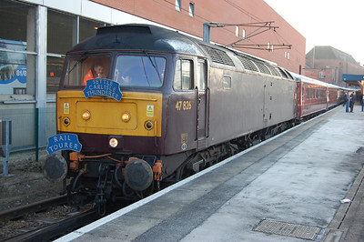 47826 waits to restart from Doncaster with Railtourer's 1Z37 0620 Bridlington-Carlisle charter. The train was reversing here after sister '760 had worked the first leg from the east coast resort (20/02/2010)