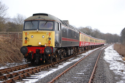 The heavy snow (which unfortunately seemed to deter many from making the journey to North Yorkshire for a charity running day in support of the Royal British Legion and Help For Heroes) lasted a matter of hours. 47715 is seen here at Redmire after working