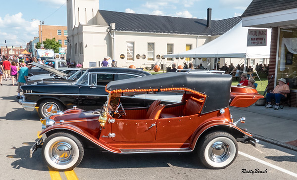 27July19 Elizabethtown Car Show-20