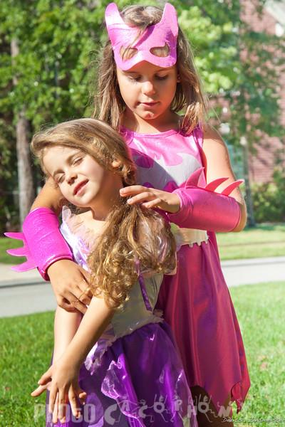 Halloween2011_Nia&Julia (14 of 18)
