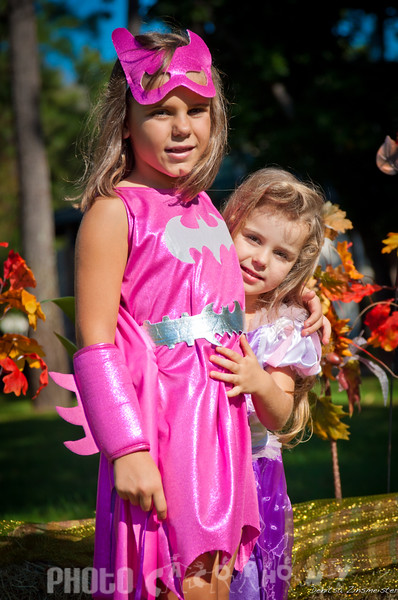 Halloween2011_Nia&Julia (17 of 18)