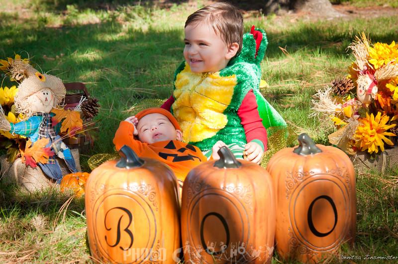 Halloween2011_Kieran&Maiya (10 of 14)