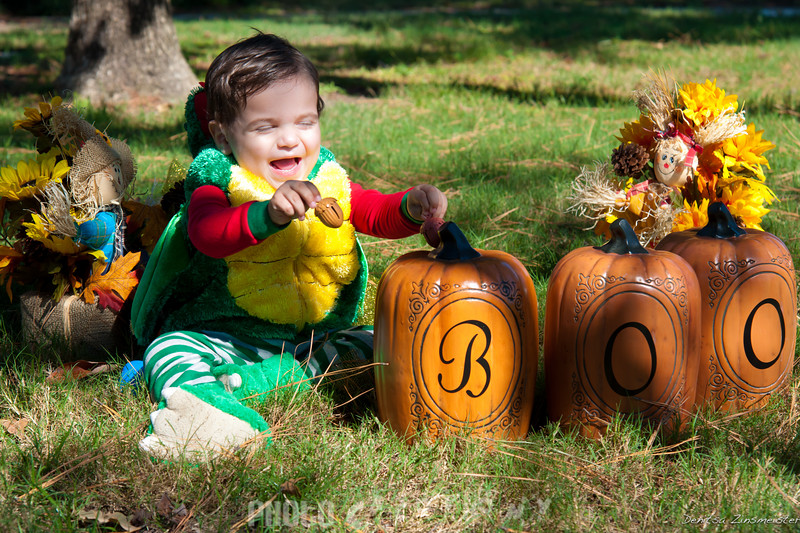 Halloween2011_Kieran&Maiya (9 of 14)
