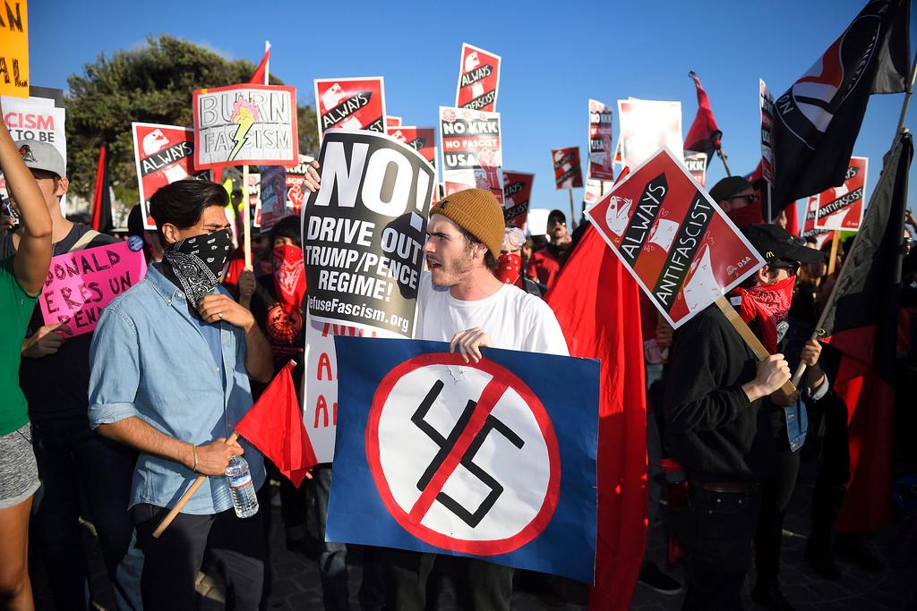 . Anti Trump demonstrators protest in Laguna Beach. Kevin Sullivan, Orange County Register/SCNG
