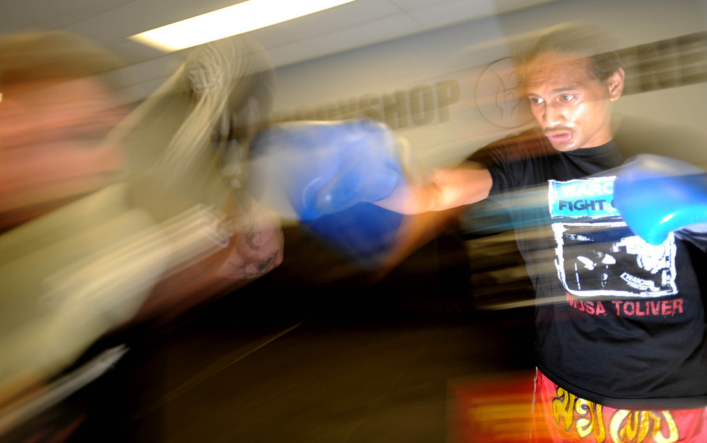 . Sam Rosen trains at Antonio McKee\'s gym in Lakewood, CA on Thursday, September, 5, 2013. (Photo by Sean Hiller/ Press Telegram/ LANG).