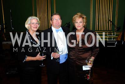 Suzy Mong,Tom Slagel,Martha Slagel,LUNGevity Gala,September 16.2011,Kyle Samperton
