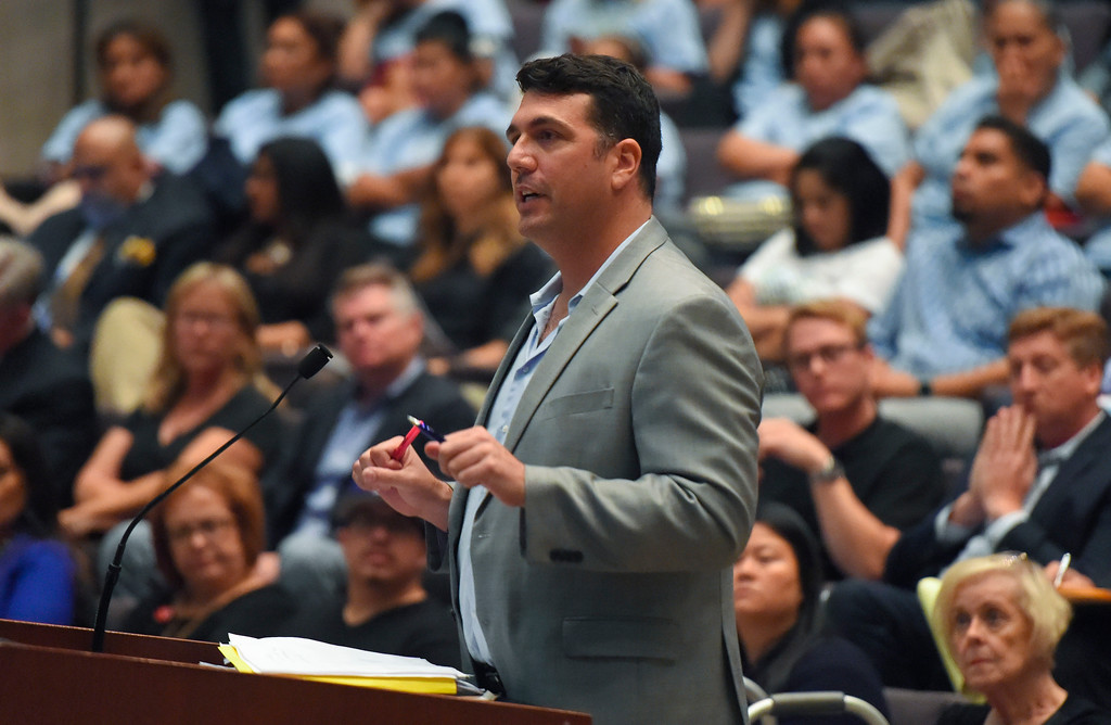 . Warren Blesofsky addresses the council members to voice his opposition to SEASP during a city council meeting in Long Beach on Tuesday, September 19, 2017. Among the items on the agenda were discussions on the Southeast Area Specific Plan (SEASP), an ordinance regarding hotels and their workers and Long Beach as a sanctuary city. (Photo by Scott Varley, Press-Telegram/SCNG)