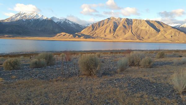 Crowley Lake Sierra Nevada 2016 11 01-1.jpg