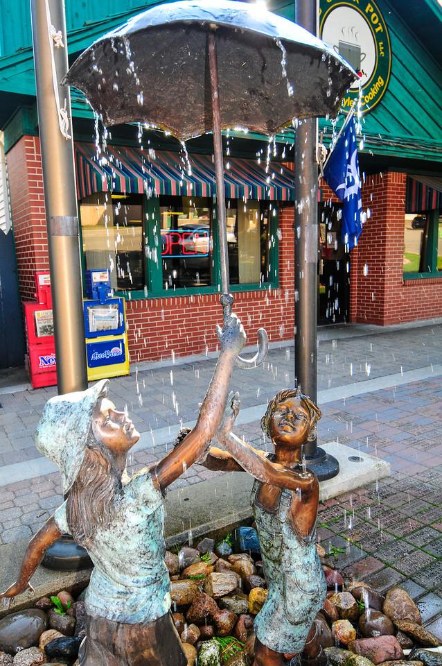 Fountain outside of The Stock Pot, Port Austin - September 2009