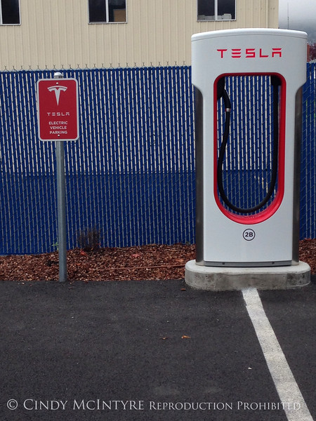 Tesla charging station, Grants Pass OR (2)