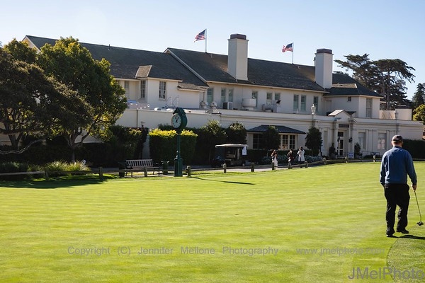 Putting Outside the Lodge before Pebble Beach Round
