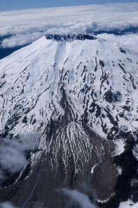 Vertical shot of Mt. St. Helens