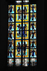 Munich_Germany_Frauenkirche_Stained_Glass_Window_RAW2936