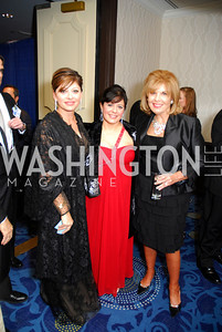 Maria Bartiromo,Theresa Santoro,Patricia Harris,October 29,2011,NIAF Gala VIP Reception,Kyle Samperton