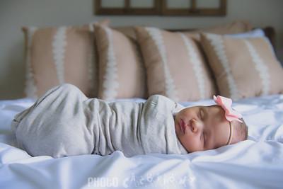 {Newborn} Finlee (101 of 41)