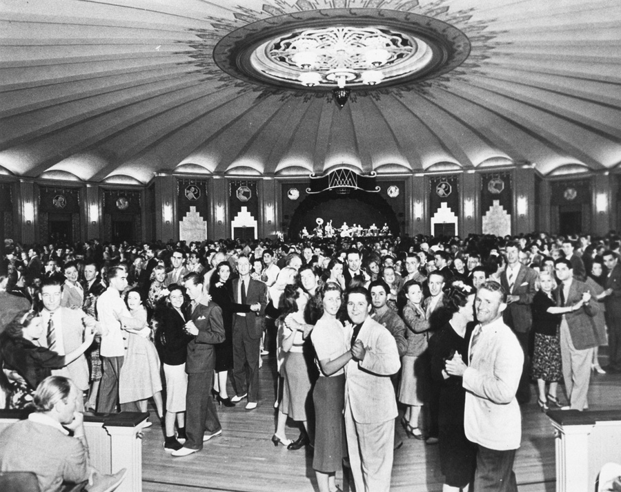 . Casino Ballroom dancers 1930s Photo Courtesy Catalina Island Museum