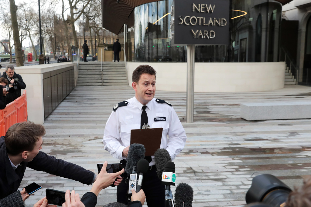. LONDON, ENGLAND - MARCH 22:  Commander BJ Harrington of the Metropolitan Police makes a statement outside of New Scotland Yard on March 22, 2017 in London, England.  A police officer has been stabbed near to the British Parliament and the alleged assailant shot by armed police. Scotland Yard report they have been called to an incident on Westminster Bridge where several people have been injured by a car.  (Photo by Jack Taylor/Getty Images)