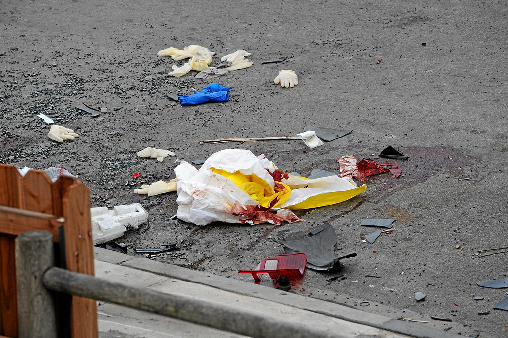 . Bloody debris from where the gunman\'s car crashed on Del Playa Drive in Isla Vista, Saturday, May 24, 2014. (Photo by Michael Owen Baker/Los Angeles Daily News)