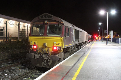 66112 Basingstoke 29/11/13 3J42 Didcot to Didcot with 66167 on the other end