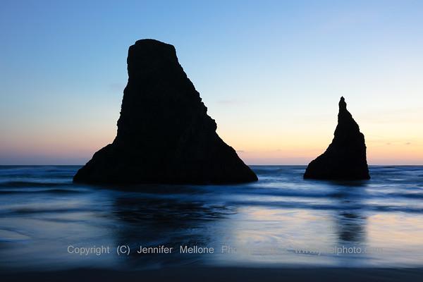 Bandon Beach Dreamy Rock Sculptures