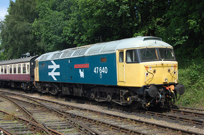 47640 'University of Strathclyde' enjoys the afternoon sunshine as it waits to depart Shackerstone with the 1430 to Shenton (13/06/2010)