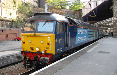 47802 took over once more after a further reversal at Liverpool, and is seen here waiting to depart from Lime Street on the last leg of the journey to Crewe (12/06/2010)